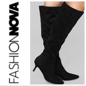 FashionNova// knee length boots size 8